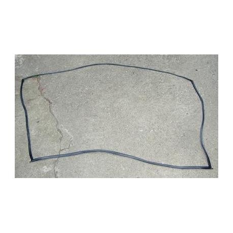 Windscreen rubbershield  - Punto -->09/1999 All Except Cabrio